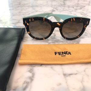 Fendi Round Sunglasses- Receipt and Authentic Card